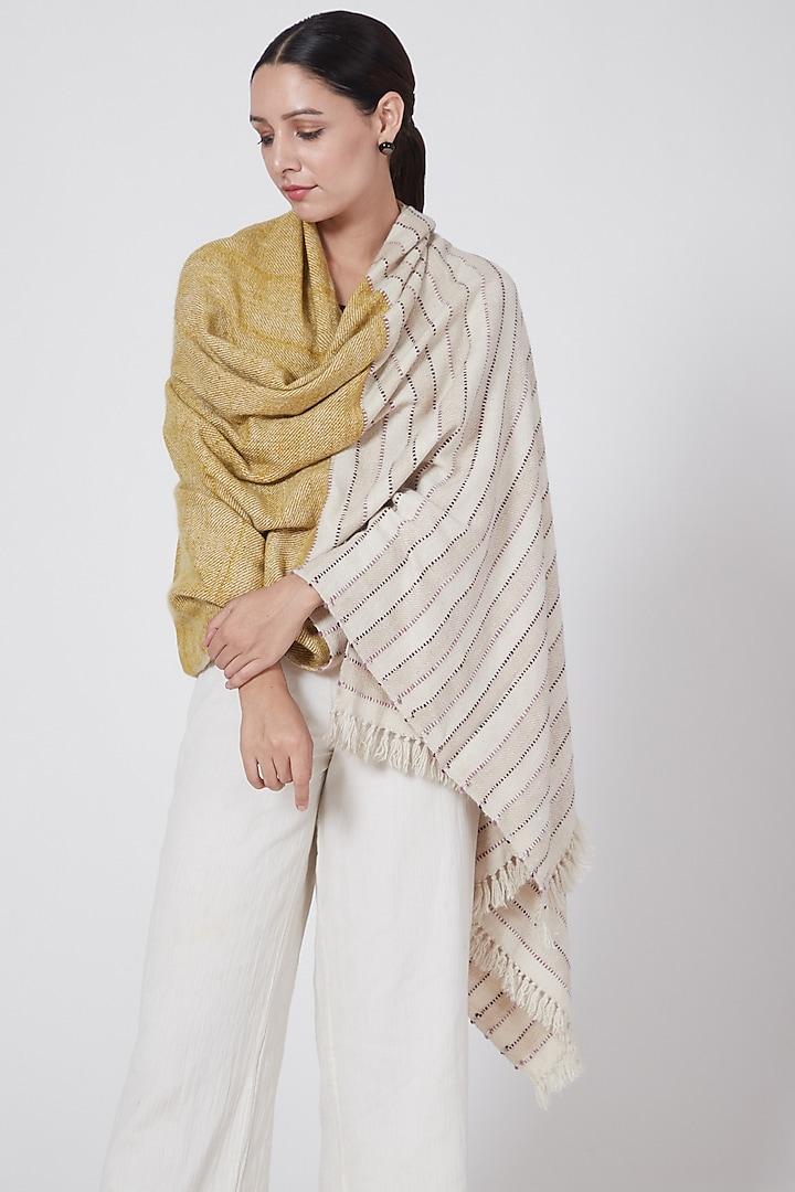 Beige & Marigold Dyed Pashmina Shawl by Lena Ladakh Pashmina