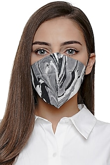 Grey Printed Antimicrobial Mask With Zip Pouch by Limerick By Abirr N' Nanki