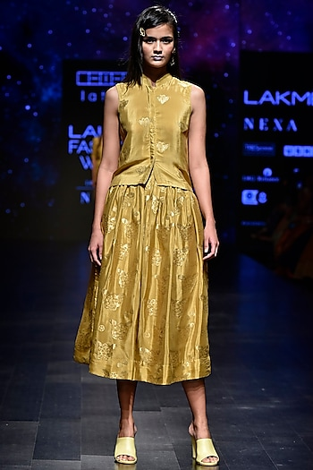 Yellow Gandaberunda Motif Top by Latha Puttanna