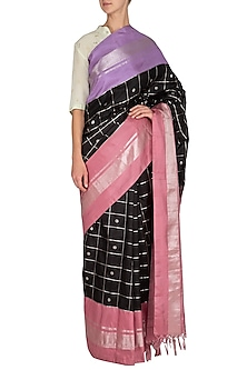 Black Checks Printed Silk Saree Set by Latha Puttanna