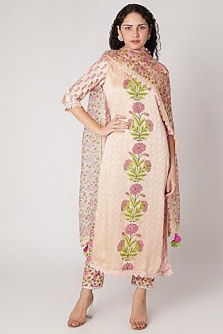 Peach Kurta With Pants & Dupatta by Maayera Jaipur