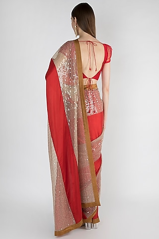 Red Embroidered Saree Set With Silk Border by Mandira Bedi