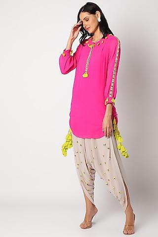 Pink & Mauve Embroidered Kurta Set by Maison Blu
