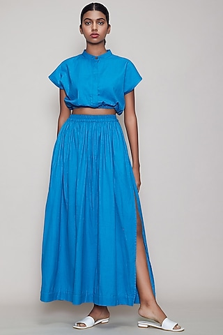 Blue Crop Top With Balloon Sleeves by Mati