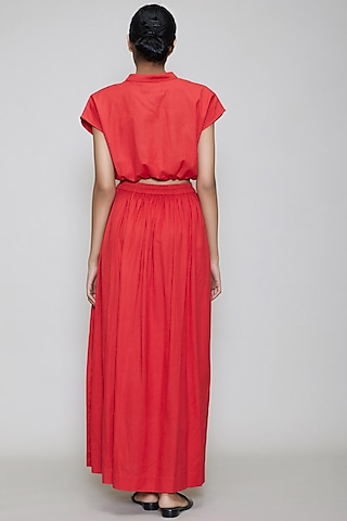 Red Straight Fit Skirt With Side Slit by Mati