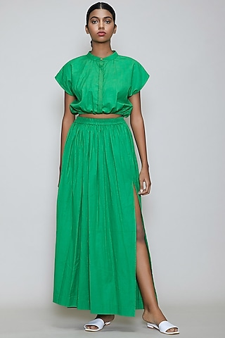 Green Straight Fit Skirt With Side Slit by Mati