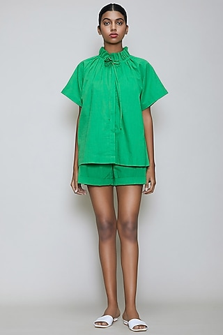 Green Handwoven Cotton Shirt With Shorts by Mati
