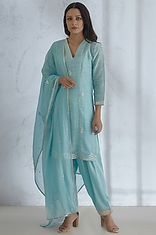 Light Blue Embroidered Kurta Set by Mandira Wirk