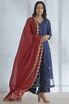 Navy Blue Gota Embroidered Kurta Set by Mandira Wirk