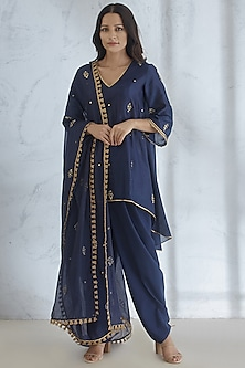 Navy Blue Embellished Kurta Set by Mandira Wirk