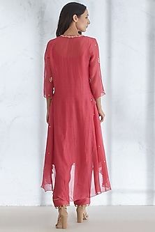 Fuchsia Embroidered Kurta Set by Mandira Wirk