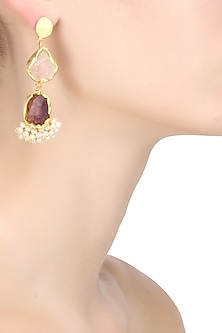 Gold plated pearl gucha dual rough stones earrings by Maira