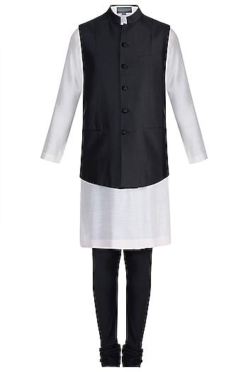 Black Textured Bundi Jacket With Kurta & Churidar Pants by Manish Malhotra Men