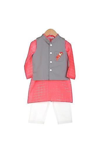 Red Kurta Set With Embroidered Jacket by Mi Dulce An'ya