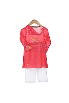 Red Embroidered Kurta Set by Mi Dulce An'ya