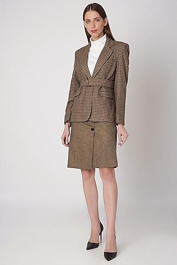 Brown Tweed Highland Jacket by Meadow