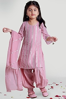 Pink Kurta Set With Lace Detailing by Mini Chic