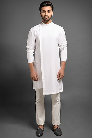 White Asymmetric Kurta With Tonal Patches by Mitesh Lodha