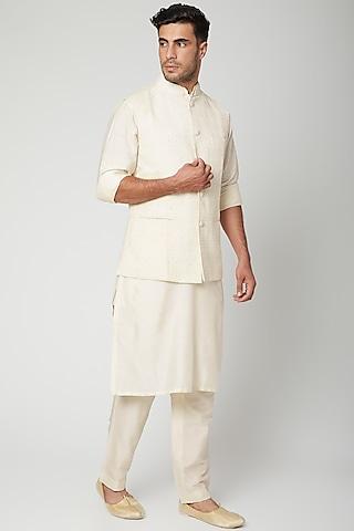 Ivory Embroidered Bundi Jacket With Kurta Set by Mint Blush Men