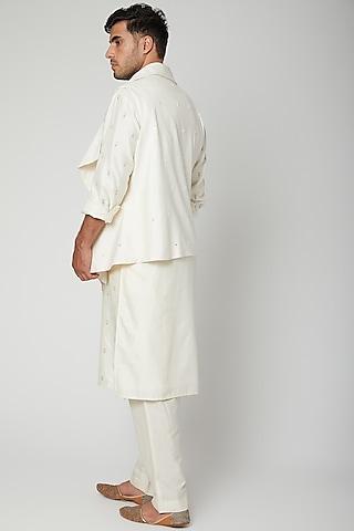 White Embroidered Draped Bundi Jacket Set by Mint Blush Men