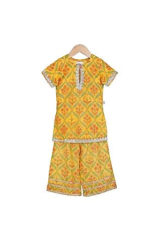 Yellow Embroidered Kurta With Pants by Mi Dulce An'Ya