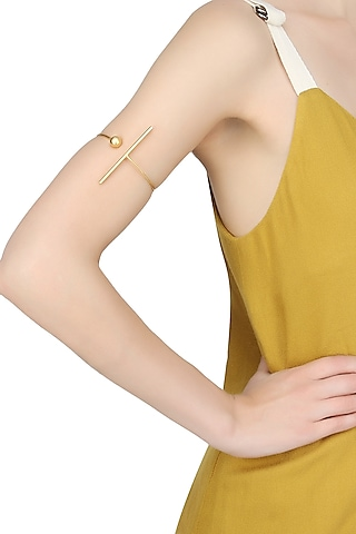 Gold plated bar and sphere ball open arm band by Misho