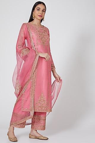 Pink Embroidered Kurta Set by Megha & Jigar