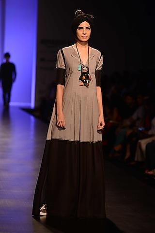 Khadi Color Shakti Long Kurta by Malini Ramani