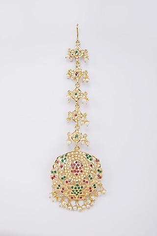 Gold Finish Pearl & Jadau Maang Tikka by Moh-Maya By Disha Khatri