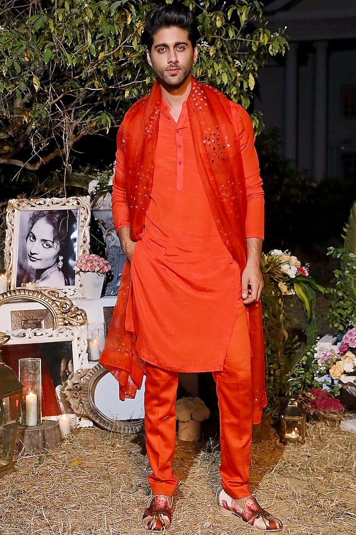 Orange Kurta Set With Embellished Dupatta by Mahima Mahajan Men