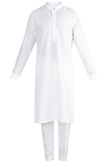 Off White Kurta Set by More Mischief