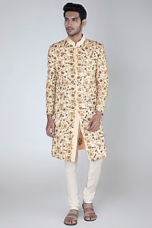 Peach Embroidered Sherwani With Off White Pants by More Mischief