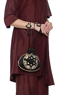 Black mirror embroidered potli by MKNY