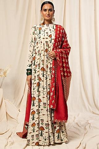 Ivory & Maroon Rajasthani Kurta Set With Printed Dupatta by Masaba