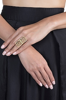 Gold Finish Winter Is Here Ring by Masaba X GOT