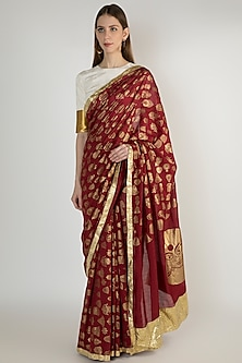 Maroon Embellishments Printed Saree Set by Masaba