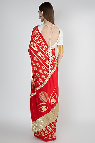 Red Embellishments Printed Saree Set by Masaba