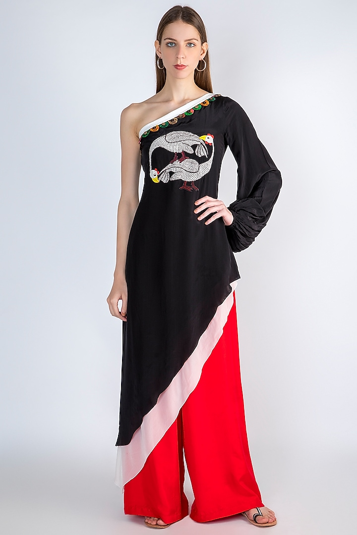 Black Printed Tunic With Pants by Masaba