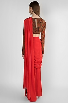 Red Brooch Embellished Saree Set by Masaba