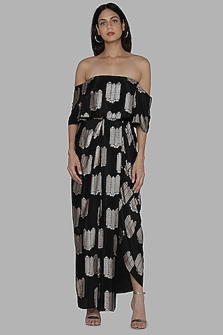 Black Top With Dhoti Skirt by Masaba