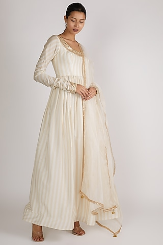Gold Embroidered Anarkali Set by Premya By Manishii