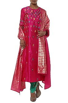 Fushcia pink embroidered kurta set by Masaba