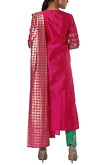 Fushcia pink embroidered kurta set by Masaba