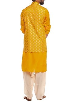 Yellow Bandi Jacket With Kurta & Ivory Pants by Masaba Men