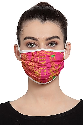 Pink Reusable Unisex Mask With Giraffe Pop Print  by Masaba