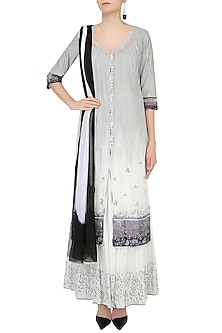 Ivory And Grey Arbi Embroidered Kurta With Floral Embroidered Skirt by Mandira Wirk