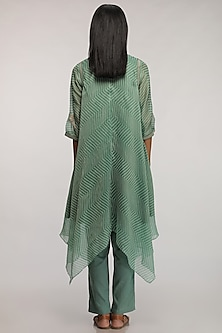 Leaf Green Embroidered Kurta by Myoho
