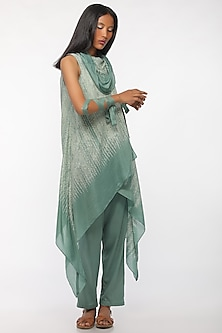 Leaf Green Embroidered Cowl Kurta by Myoho
