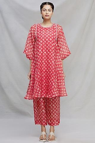 Red Thread Embroidered Kurta Set by Myoho