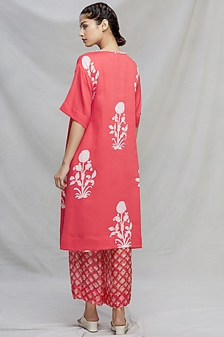 Red Hand Embroidered Kurta Set by Myoho